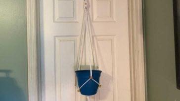 bead hanger feature