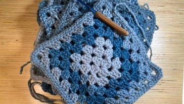 Granny Square Feature