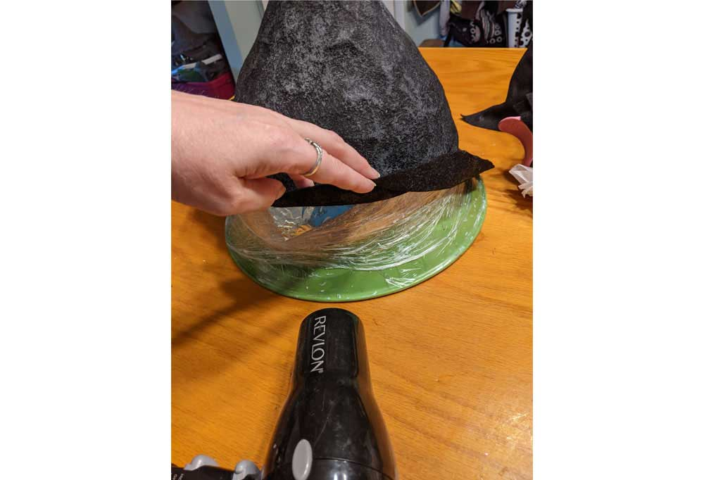How to make an Easy Witch Hat 37