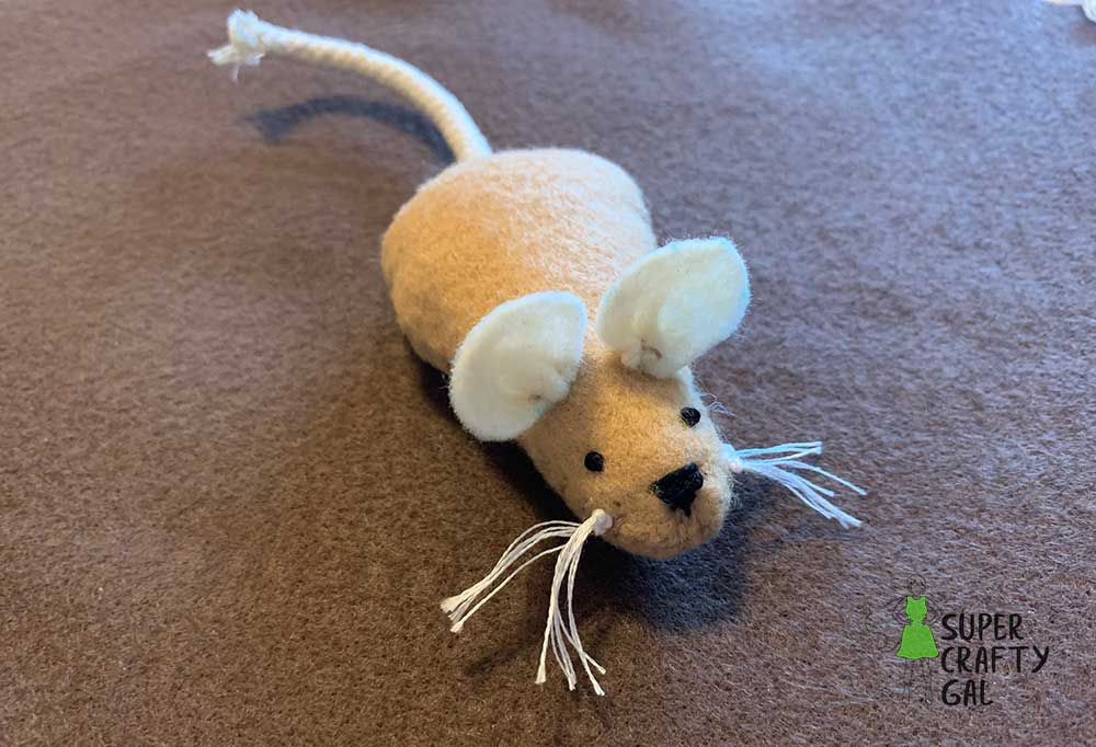 finished felt mouse
